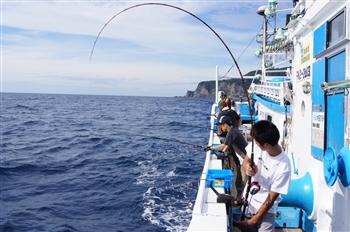 漁船乗船!魚釣り体験